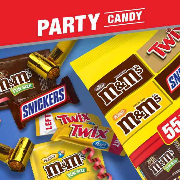 SNICKERS, M&M'S & TWIX Fun Size Chocolate Candy Variety Mix, 31.18-Ounce 55 Piece Bag
